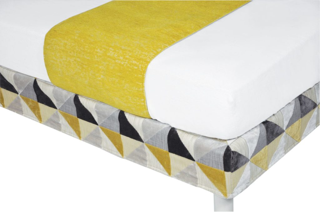 VANINA decoreve floride jaune chemin de lit
